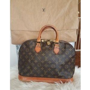 Authentic LOUIS VUITTON Classic Monogram Alma Bag
